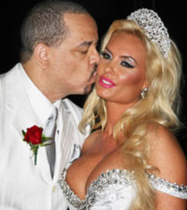 Ice T Coco Renew Wedding Vows In Hollywood