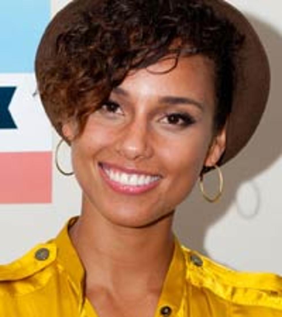 Alicia Keys Debuts Shocking Short Haircut Photo