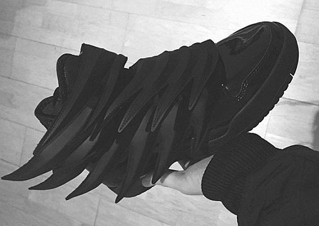 adidas jeremy scott black knight