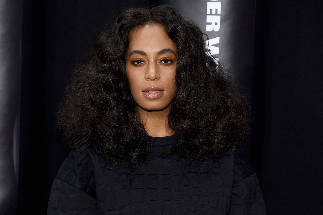 Solange Deletes Twitter Account After Blasting White Supremacists: 'F--- Nazis, F--- Your Stale Ass Bland Ass Monuments'