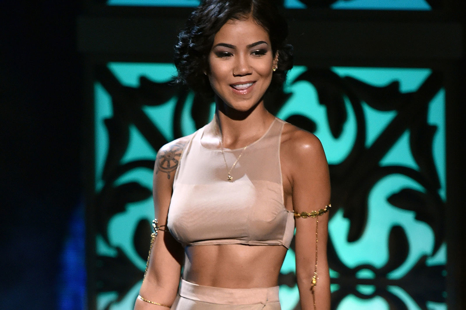 TheFappening: Jhene Aiko Nude