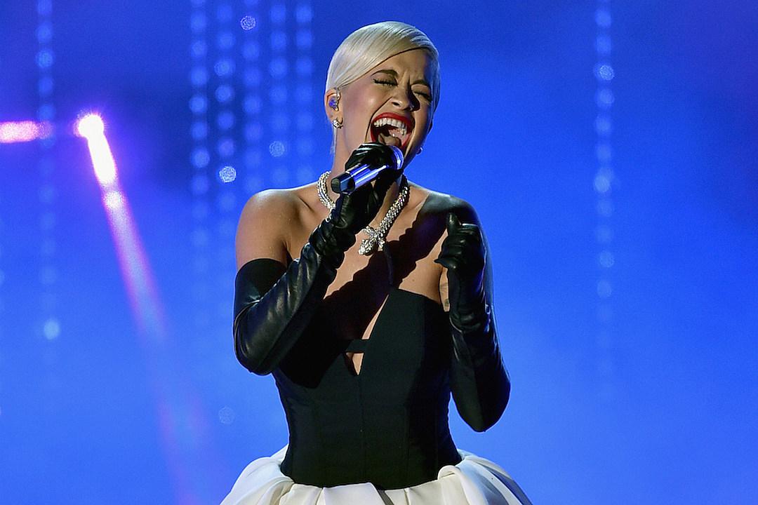 Rita Ora Belts Out 'Grateful' at 2015 Oscars [VIDEO]