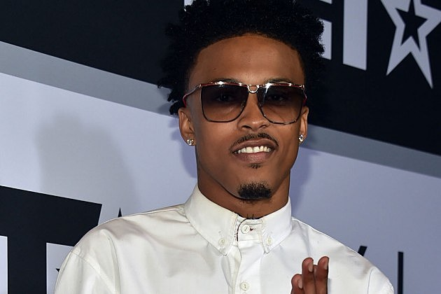 august alsina August alsina collapsed and fell off the stage during a performance on monday in new york in a video taken by an instagram user, the 22-year-old singer appears to.
