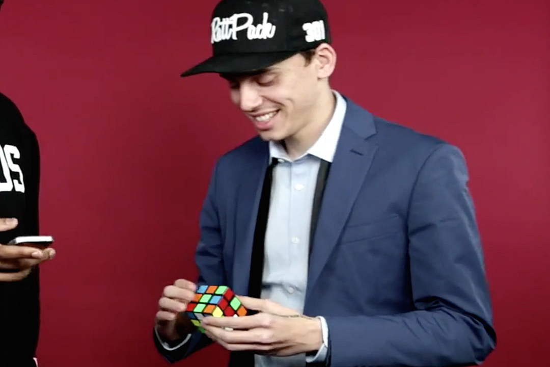 Logic Solves Rubik's Cube in Under One Minute [VIDEO]
