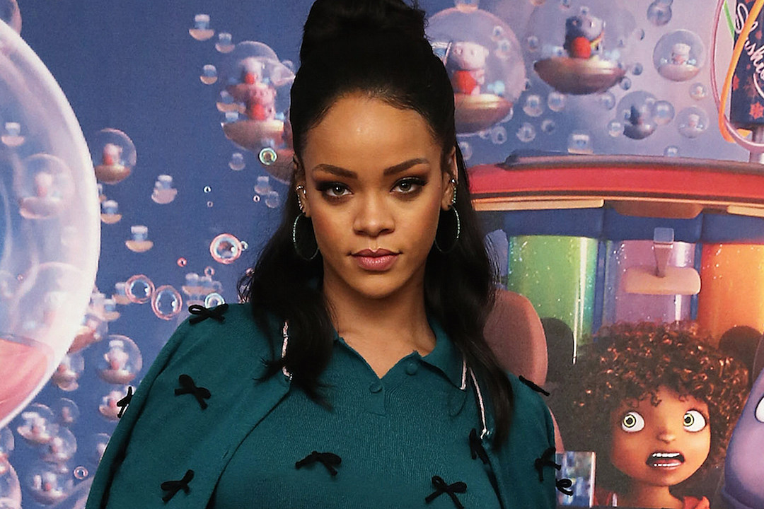 Rihanna Throws Subtle Jab at Chris Brown When Discussing Dating Record [VIDEO]