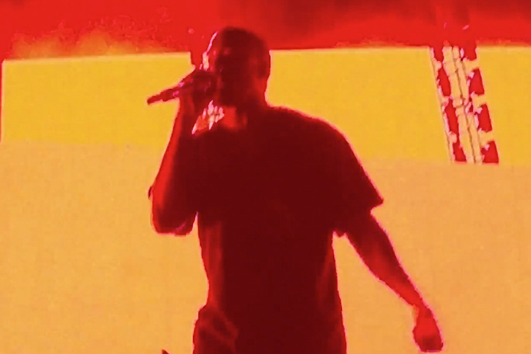 Kanye West Stuns Fans at the Weeknd's Coachella 2015 Set [VIDEO]