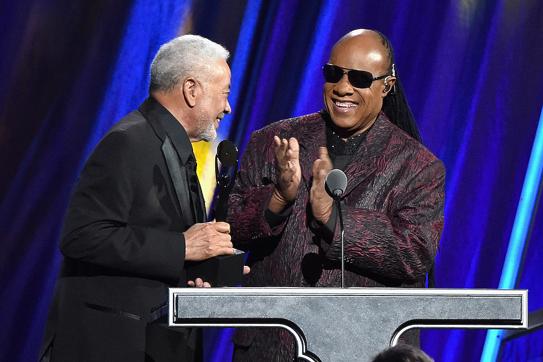 Bill Withers Inducted Into Rock and Roll Hall of Fame, Stevie Wonder Honors His 'Great Friend'