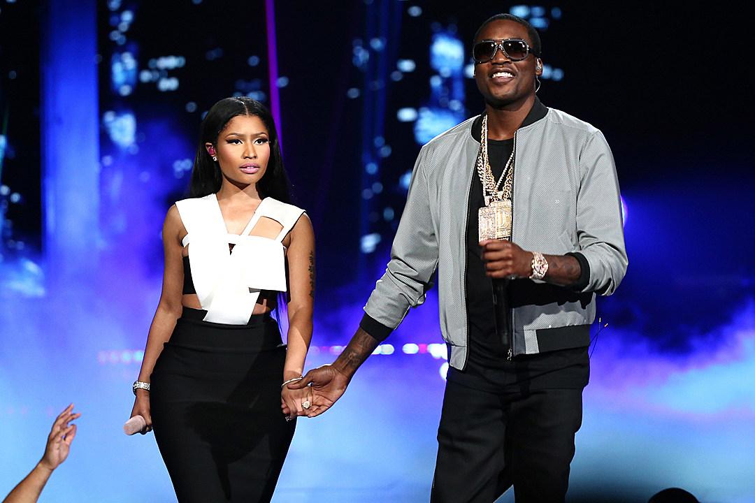 Meek Mill, Nicki Minaj and Chris Brown Perform 'All Eyes on You' at 2015 BET Awards [VIDEO]