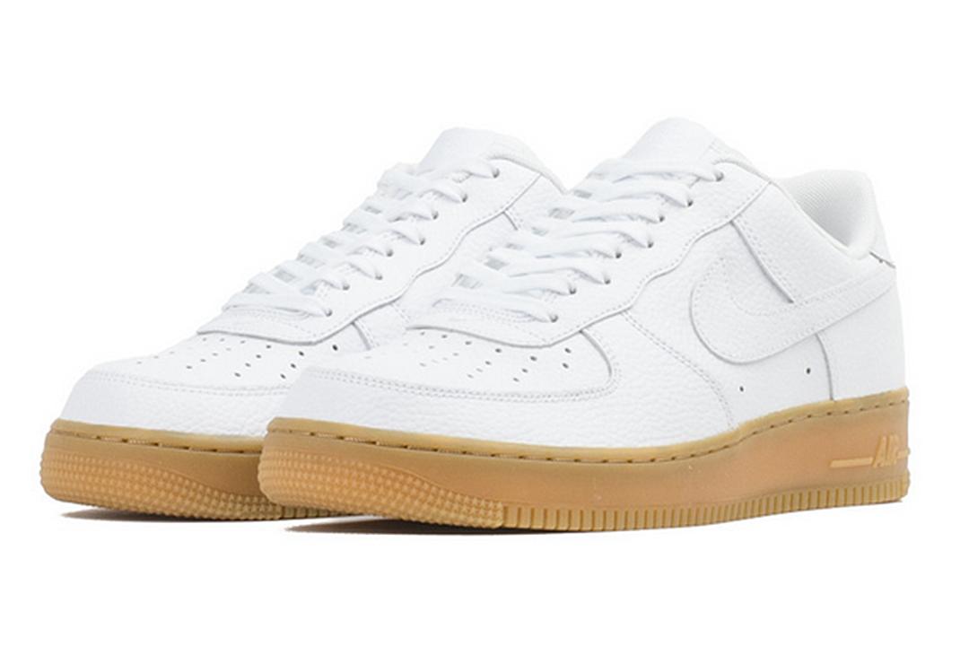 Nike Air Force Gum