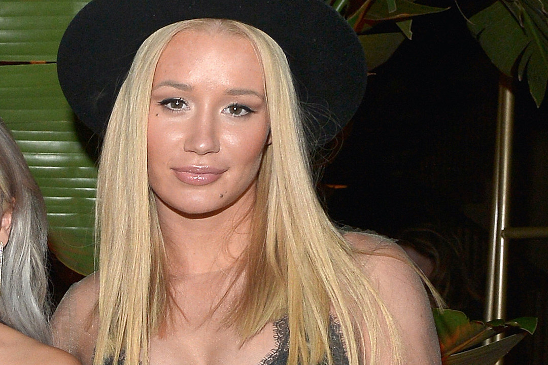 Iggy Azalea Tells Her Fans 'Don't Ever Call Me a Becky' news