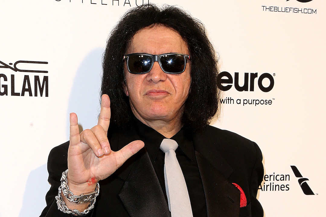Gene Simmons Says 'Rap Will Die,' Gets Roasted on Twitter news