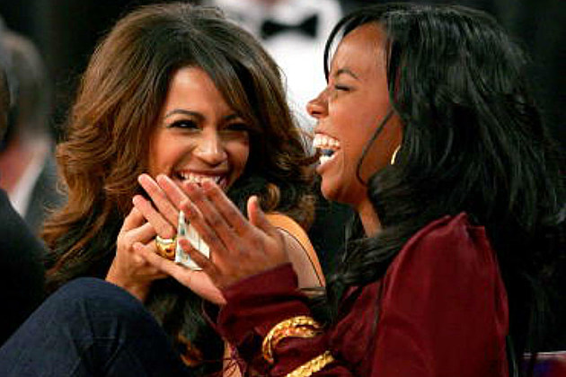 Kelly Rowland Defends Beyonce in Rihanna Rivalry Rumors: 'They Are Very Secure Women' news