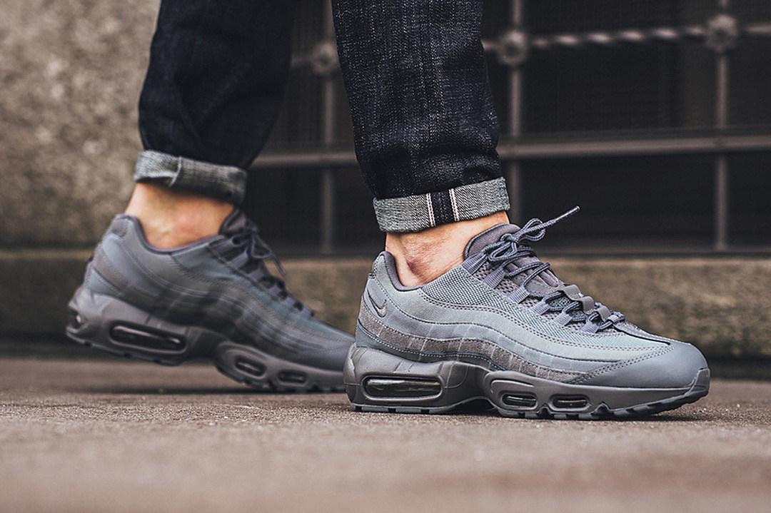 95 Air Max Shoes Grey