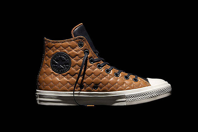 Converse Chuck Taylor All Star II Car Leather Pack news
