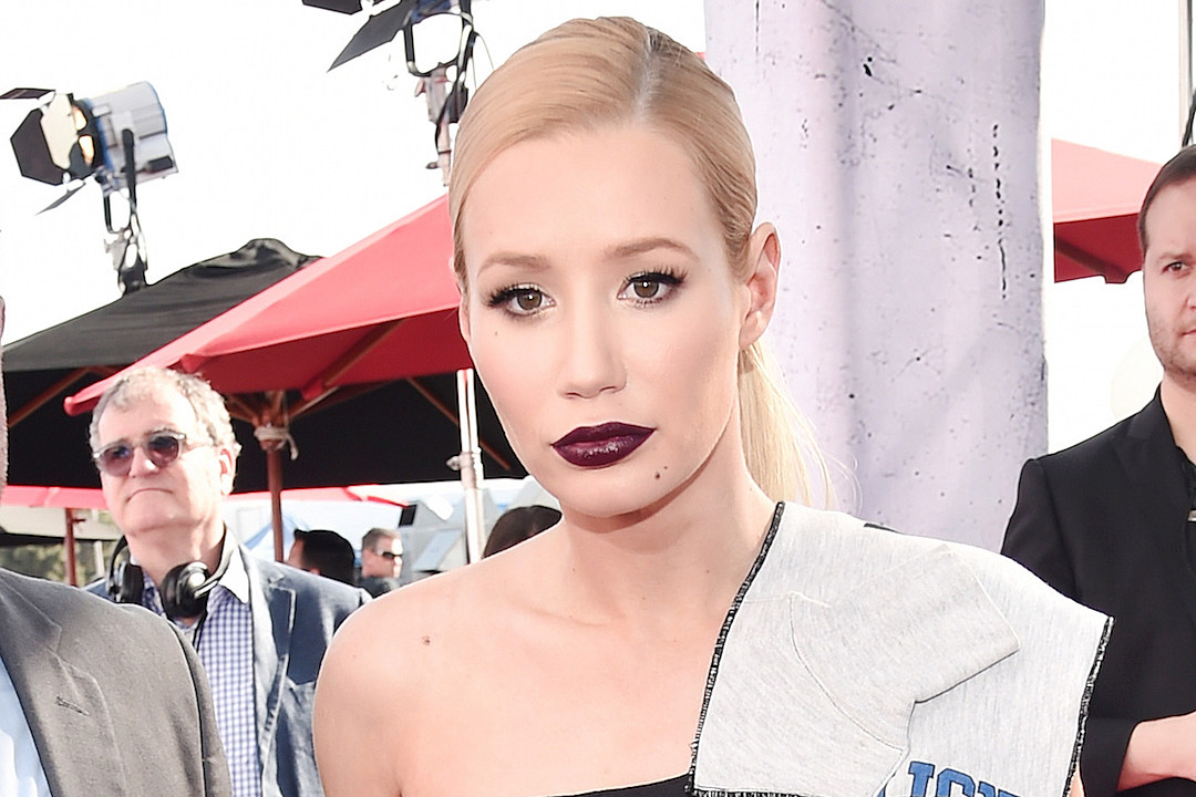 Iggy Azalea Responds To Leaked Video of Fiance, D'Angelo Russell: 'Thanks Bro' news