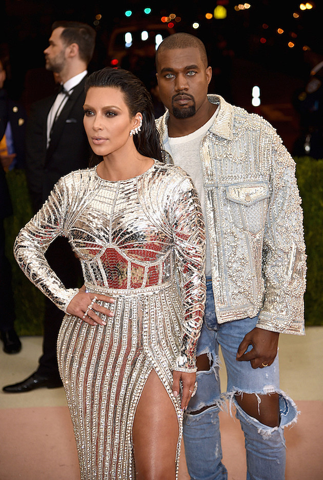 Kanye West Wears Blue Contacts to the 2016 Met Gala, Fans React [PHOTO] news
