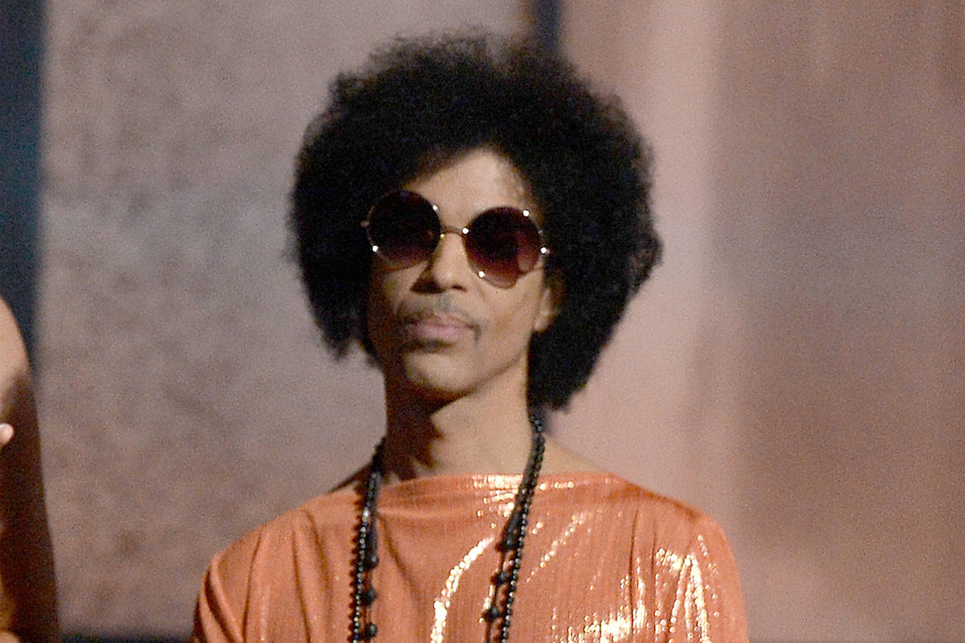 Prince's Chef Says He Fought Throat, Stomach Pains Prior to His Death news