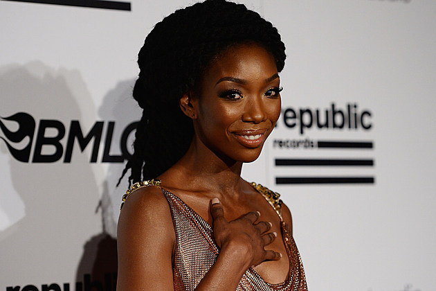 Brandy Continues Battle With Her Record Label For $1 Million news