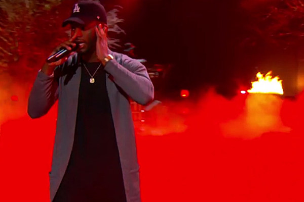 "Bryson Tiller Performs ""Exchange"" on Late Night With Seth Meyers news"