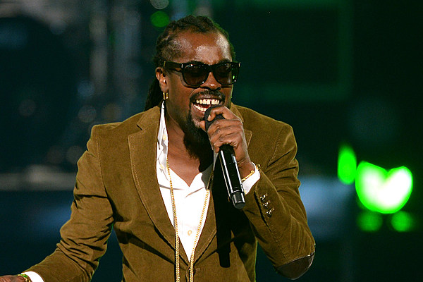 Beenie Man Cancels OVO Fest Gig After Contracting Zika Virus news