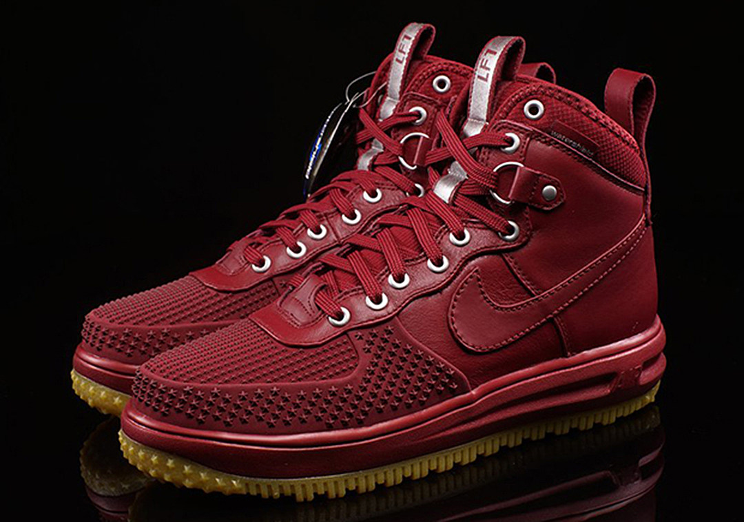 nike lunar force 1 duckoot team red. Black Bedroom Furniture Sets. Home Design Ideas
