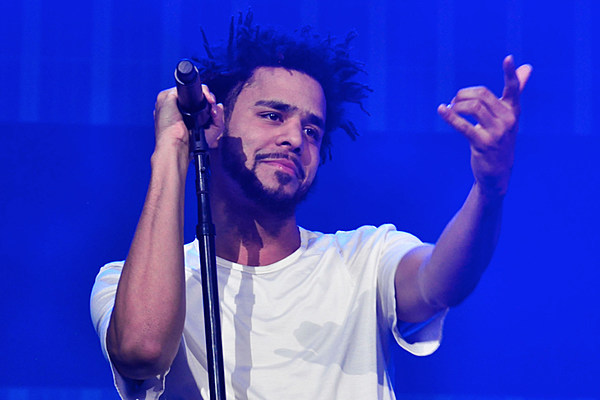 "J. Cole Performed Notorious B.I.G.'s ""Hypnotize"" at a Festival In L.A. This Weekend news"
