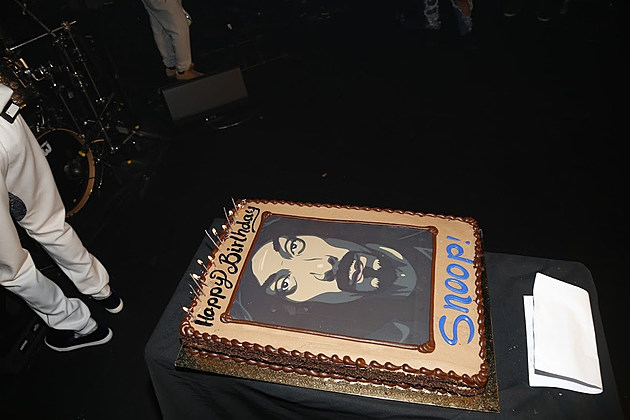Snoop Dogg Kicks Off His Birthday With Private Concert in Hollywood news