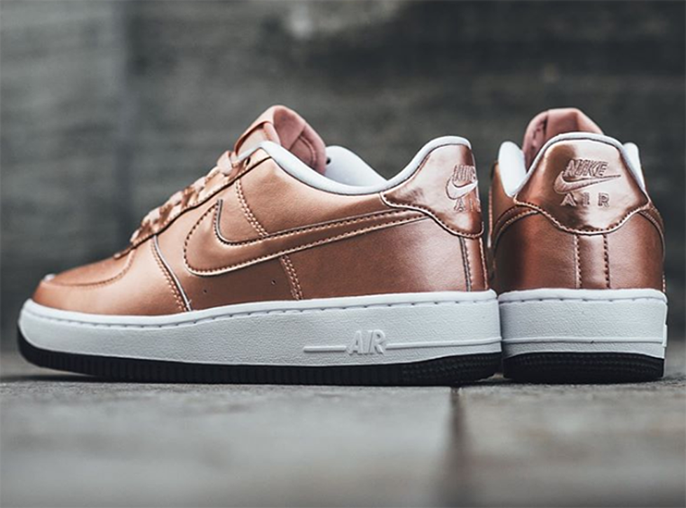 ... Nike Air Force 1 Low Metallic Red Bronze ...