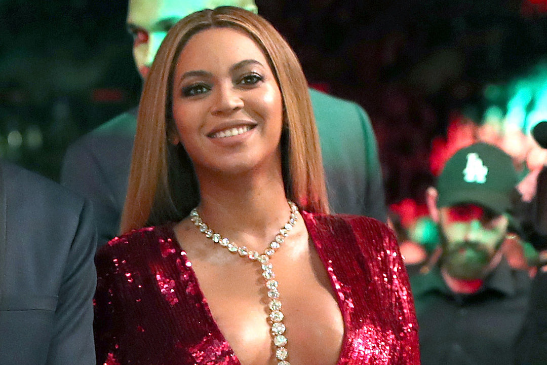 Beyonce named highest earning artist of 2016