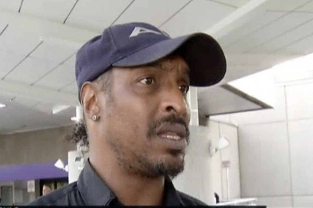 Muhammad Ali Jr. Delayed at Airport in Washington, D.C. [VIDEO]