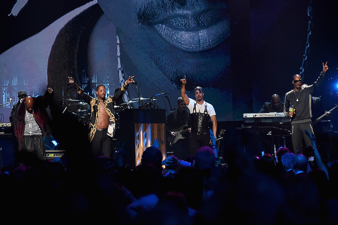 Treach YG T.I. Snoop Dogg Honor Tupac Shakur at Rock Hall
