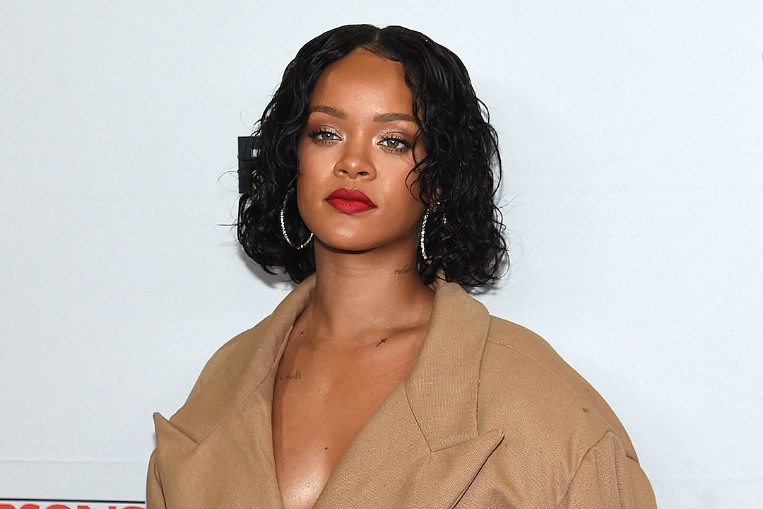 Rihanna Gave A Heartbroken Fan Pretty Solid Breakup Advice Over Twitter DM