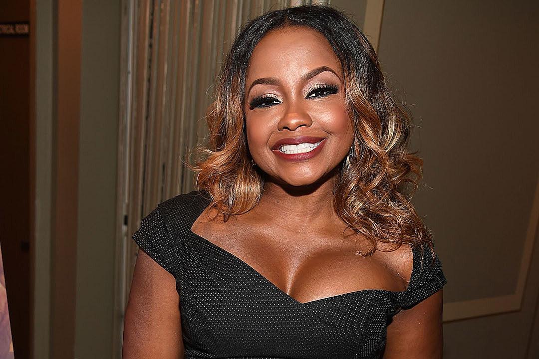 Ruth Negga Hosts VIP screening of LOVING in Atlanta