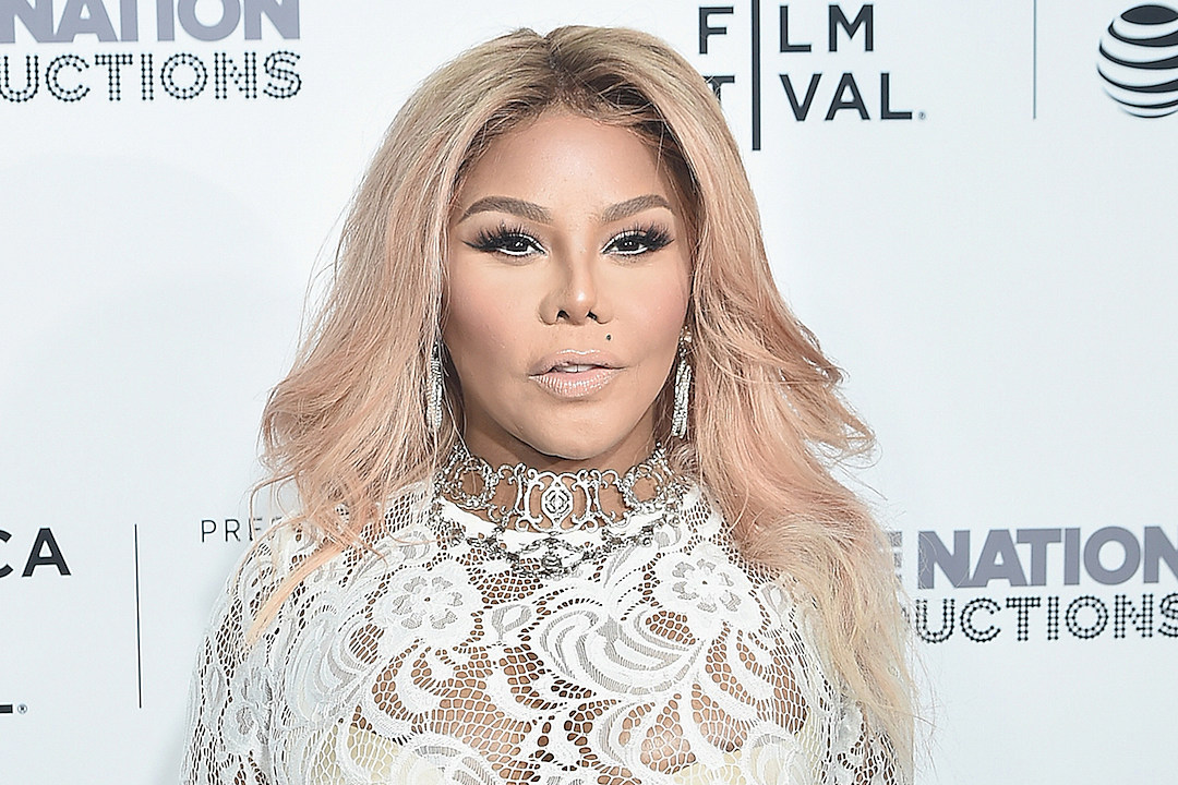 Lil' Kim Investigated by LAPD After Armed Robbery