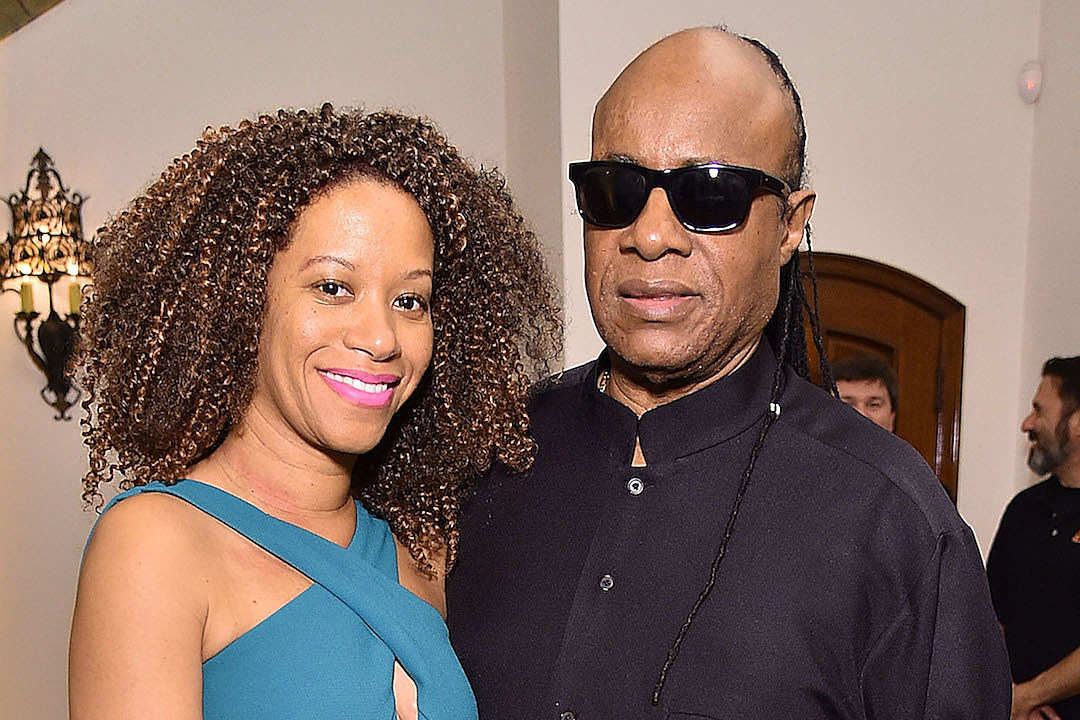 Stevie Wonder marries Tomeeka Robyn Bracy