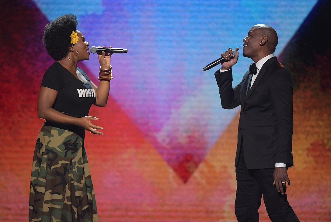 India Arie Tyrese Performs at Black Girls Rock