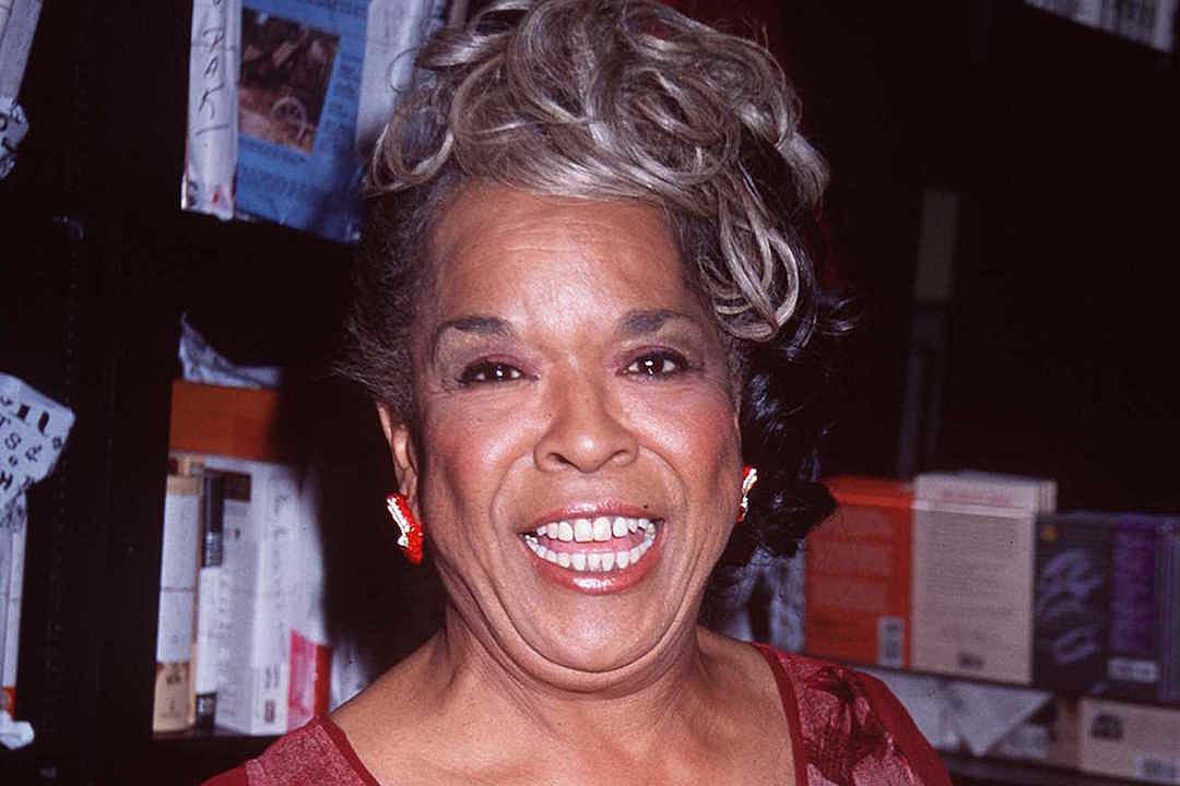 "10/18/97 West Hollywood, CA. Della Reese signs her new book, ""Angels Along The Way"" at Booksoup."