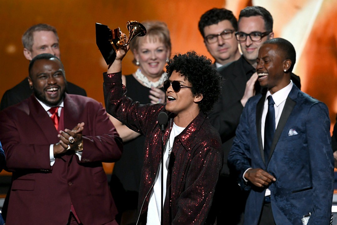 Bruno Mars Sweeps at the Grammys, Wins Album of the Year