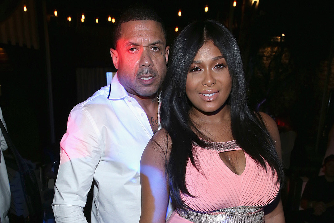 Who is benzino dating in 2012